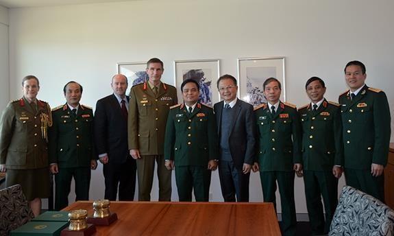 Vietnam y Australia intensifican cooperacion en defensa hinh anh 1