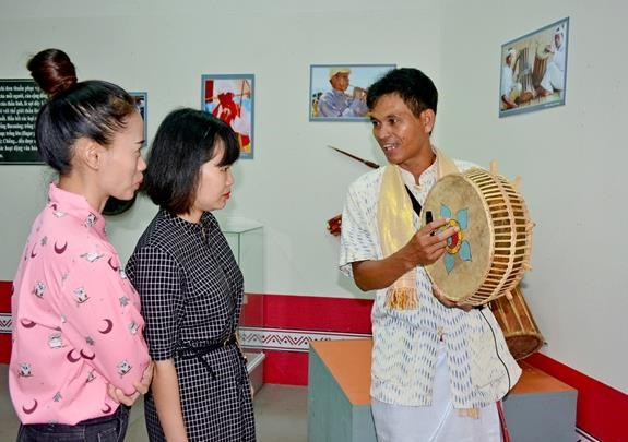 Presenta cultura Cham de Ninh Thuan en provincia vietnamita de Dak Lak hinh anh 1