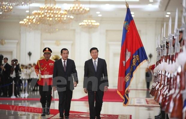 Establecen Camboya y Laos asociacion estrategica integral hinh anh 1