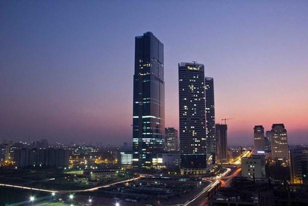 Vietnam por reducir los riesgos provocados por edificios de cristales hinh anh 1