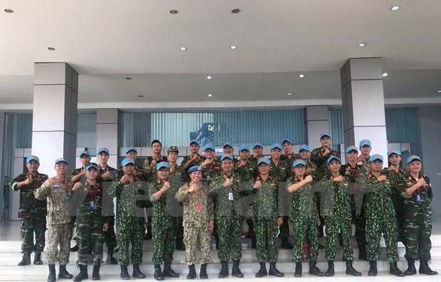 Participa Vietnam en ejercicios en Indonesia sobre mantenimiento de la paz hinh anh 1