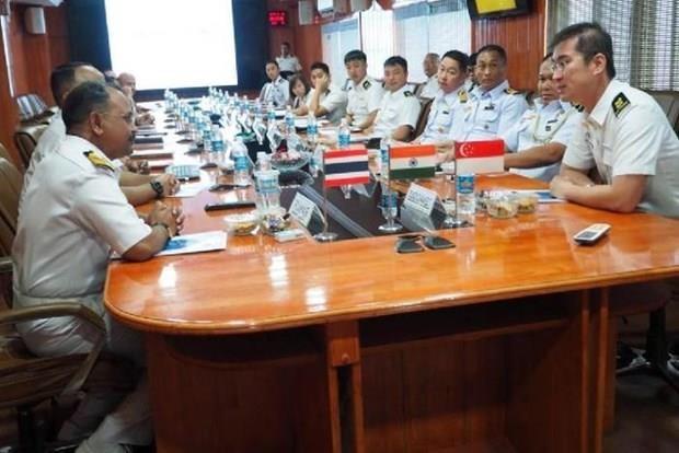 Inician Singapur, la India y Tailandia primer ejercicio naval conjunto hinh anh 1
