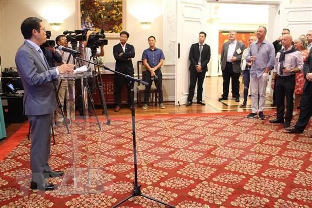 Realizan Vietnam y Estados Unidos Intercambio de Acuicultura y Comercio hinh anh 1