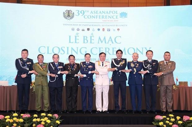 Clausuran en Hanoi Conferencia de Jefes de Policia de la ASEAN hinh anh 1