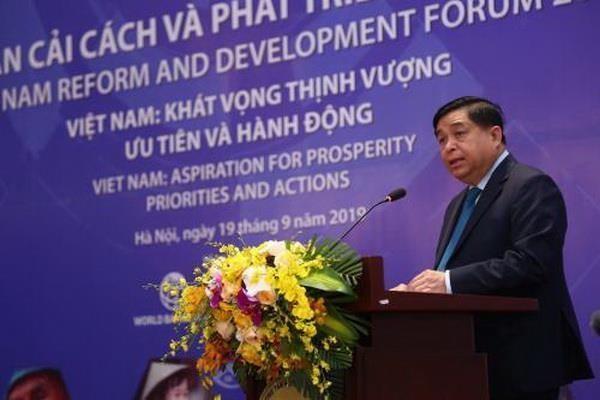 Debaten en Vietnam medidas para impulsar la Reforma y el Desarrollo nacional hinh anh 1
