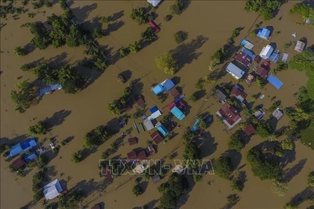 Expresa Vietnam solidaridad con Tailandia ante perdidas provocadas por tifones hinh anh 1