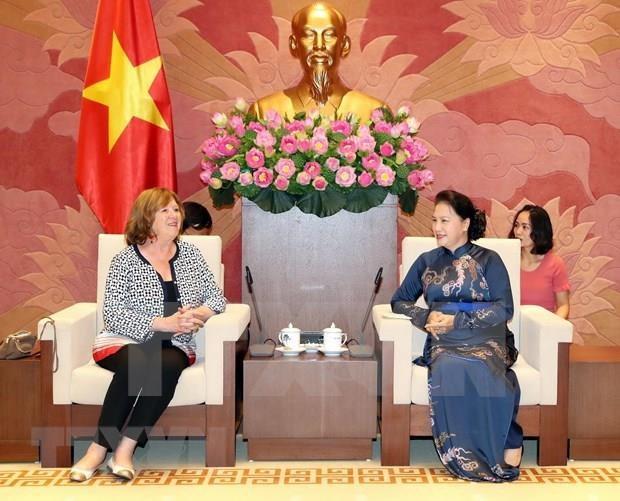 Propuso Vietnam respaldo de Senado frances a ratificacion de TLC con la UE hinh anh 1