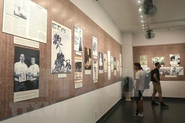 Presentan libro sobre actividades de estadounidenses contra la guerra en Vietnam hinh anh 1