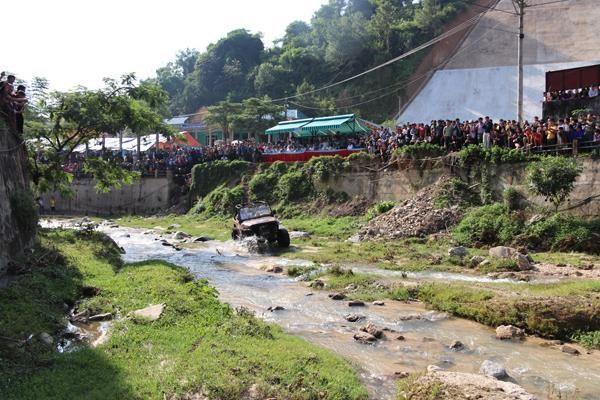 Organiza provincia vietnamita torneo Off-Road Challenge Tay Con Linh hinh anh 1