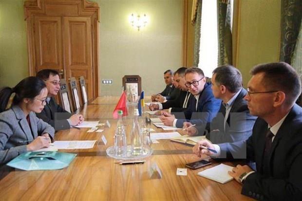 Impulsan Vietnam y localidad ucraniana la cooperacion empresarial hinh anh 1