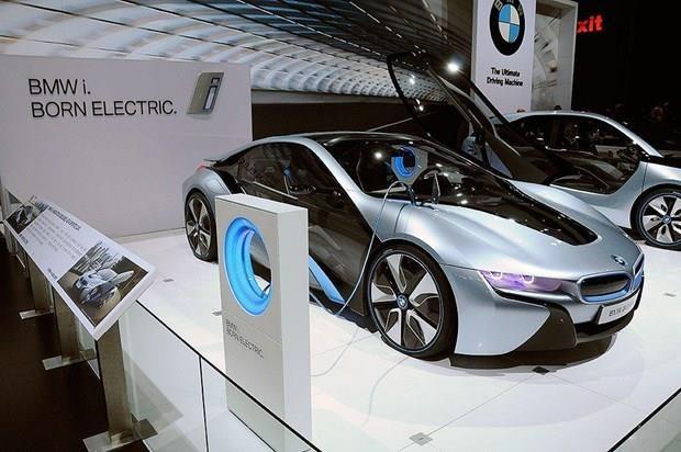 Propone Indonesia a Corea del Sur inversiones en industria de baterias para autos electricos hinh anh 1
