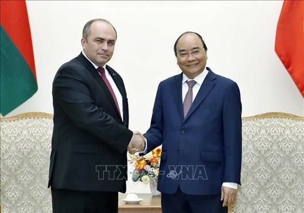 Vietnam atesora relaciones con Belarus, afirma su primer ministro hinh anh 1