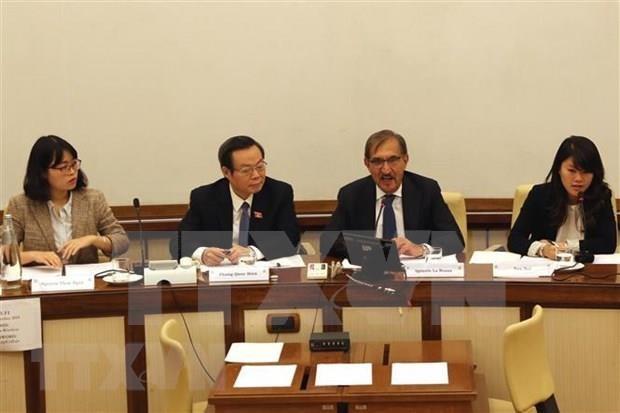 Recaba Vietnam el apoyo de Italia para pronta ratificacion del TLC con la UE hinh anh 1