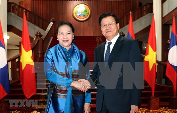 Asamblea Nacional de Vietnam reafirma disposicion de contribuir a lazos binacionales con Laos hinh anh 1