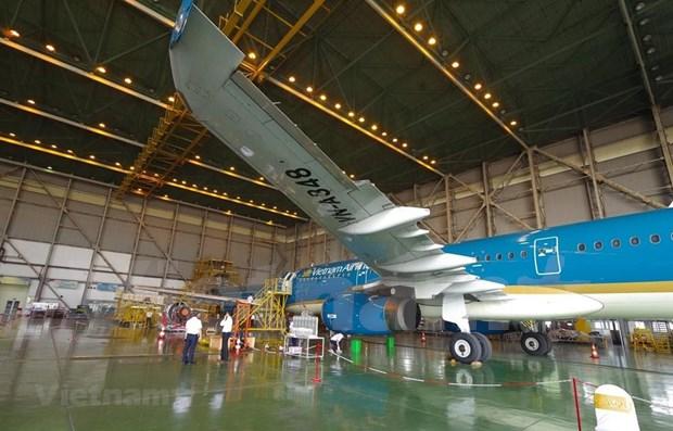 Debuta primera compania conjunta para mantenimiento de aeronaves en Vietnam hinh anh 1
