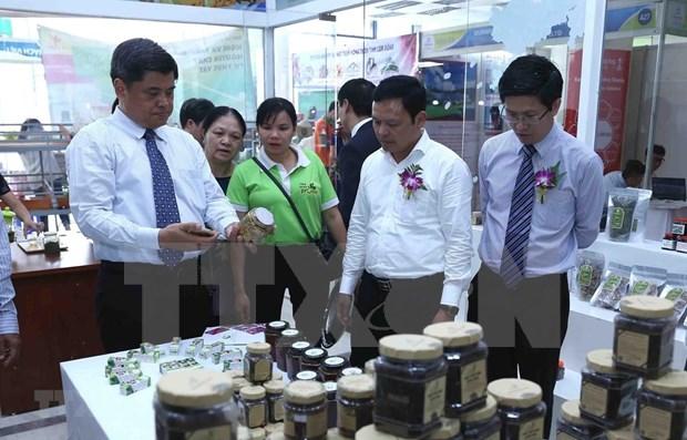 Participan 120 empresas en Feria Internacional de Agricultura de Vietnam hinh anh 1