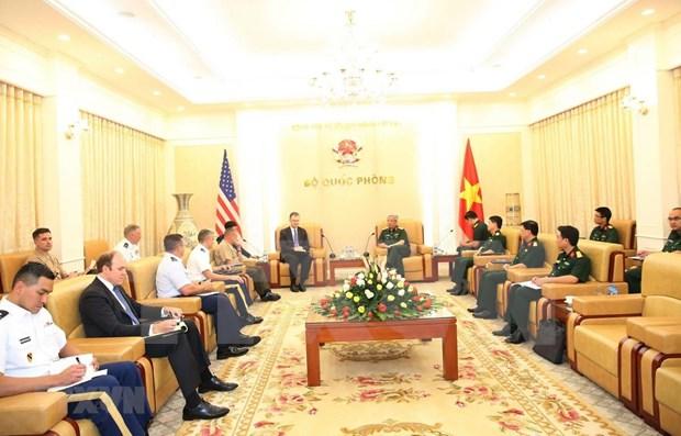 Aspiran Vietnam y Estados Unidos a fortalecer los vinculos militares hinh anh 1