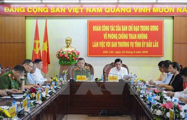 Aplauden en Vietnam determinacion del Partido Comunista de controlar poder de funcionarios hinh anh 1