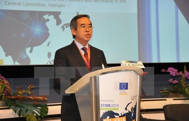 Vietnam patentiza apoyo a conexiones euroasiaticas hinh anh 1