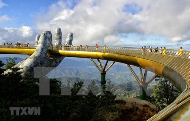 Vietnam recibe a cerca de 13 millones de turistas extranjeros en nueve meses hinh anh 1