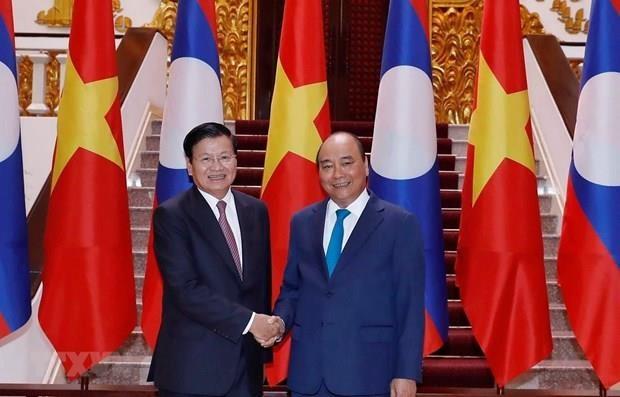 Intensifican Vietnam y Laos relaciones de gran amistad hinh anh 1