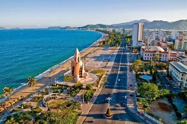 Recibe provincia vietnamita de Khanh Hoa a casi seis millones de visitantes en nueve meses hinh anh 1