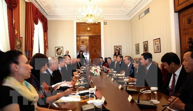 Califica presidente de Bulgaria a Vietnam como socio importante hinh anh 1