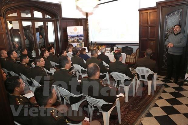 Promocionan en Argentina imagenes del pueblo e historia de Vietnam hinh anh 1