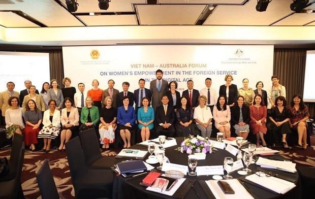 Debaten Vietnam y Australia medidas para elevar papel de diplomaticas en era digital hinh anh 1