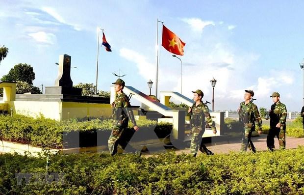 Avanzan Vietnam y Camboya hacia una frontera de paz, amistad, cooperacion y desarrollo hinh anh 1