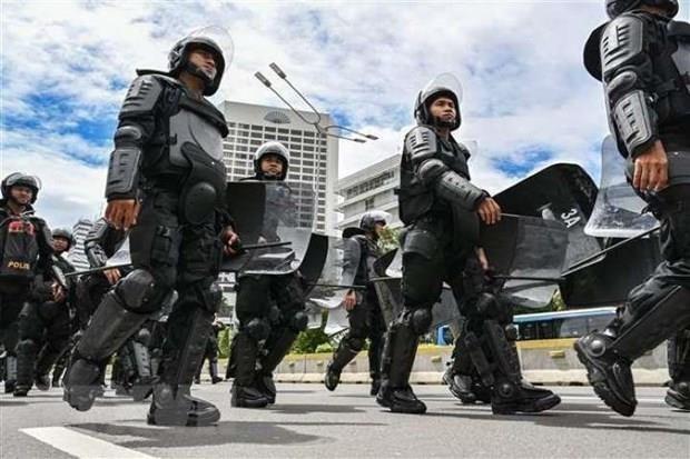 Arrestan en Indonesia a presuntos terroristas hinh anh 1