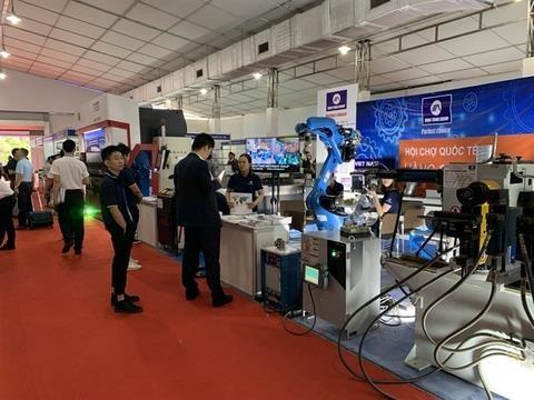 Inauguran Feria Internacional de Productos Industriales Vietnam 2019 hinh anh 1