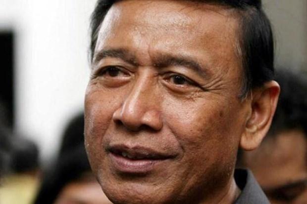 Acuchilla presunto terrorista al ministro de Seguridad de Indonesia hinh anh 1