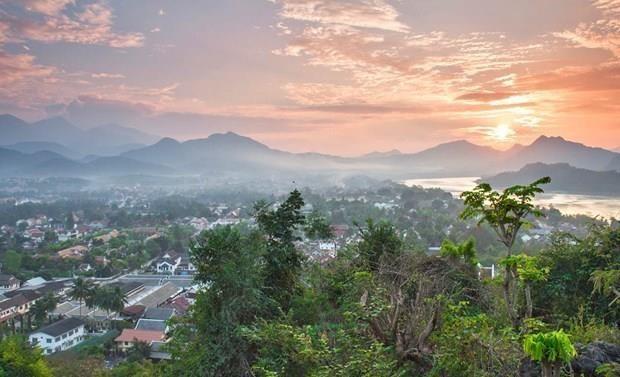 Promueven cooperacion turistica entre Vietnam y Laos hinh anh 1