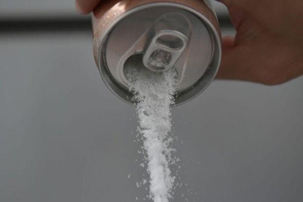 Prohibira Singapur anuncios de bebidas azucaradas como parte de su lucha contra la diabetes hinh anh 1