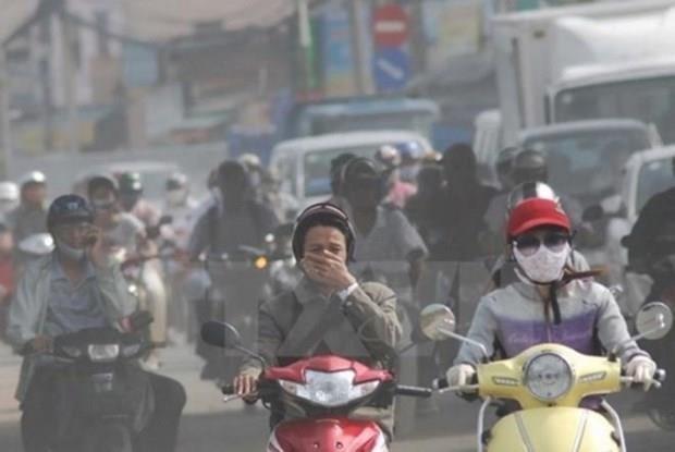 Comparten Hanoi y Paris experiencias sobre gestion de la calidad del aire hinh anh 1