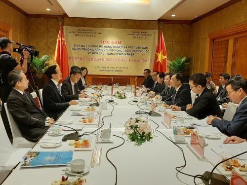 Agilizan Vietnam y China la cooperacion en agricultura hinh anh 1