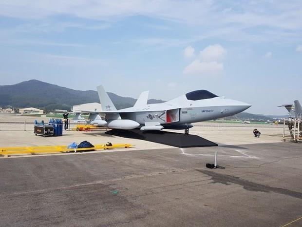 Asiste Vietnam a Exposicion Internacional de Defensa y Aeroespacial de Seul hinh anh 1
