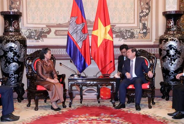 Robustecen relaciones multifaceticas entre Vietnam y Camboya hinh anh 1