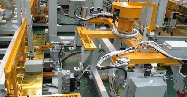 Valoran en Indonesia medidas estrategicas para acelerar Cuarta Revolucion Industrial hinh anh 1