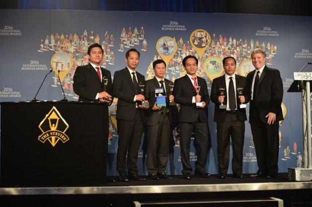 Recibe billetera electronica de Viettel Laurel de Oro en Premios Internacionales de Negocios hinh anh 1