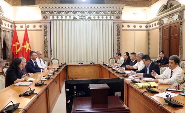 Aspira Ciudad Ho Chi Minh a impulsar cooperacion con universidad australiana hinh anh 1