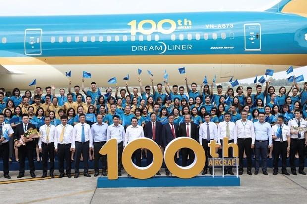 Suma Vietnam Airlines la aeronave numero 100 a su flota hinh anh 1