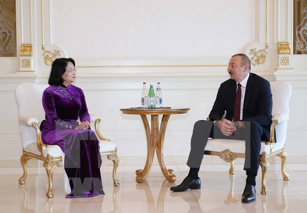 Vicepresidenta vietnamita se reune con el jefe del Estado de Azerbaiyan hinh anh 1