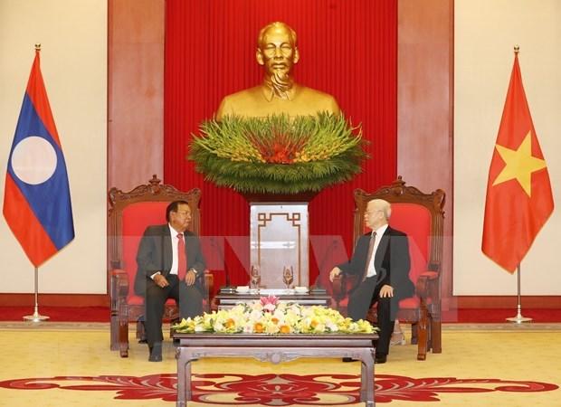 Corroboran nexos de amistad y solidaridad entre Vietnam y Laos hinh anh 1