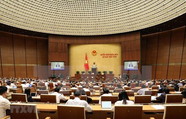 Prosiguen debates en Parlamento de Vietnam sobre proyectos de enmiendas legislativas hinh anh 1