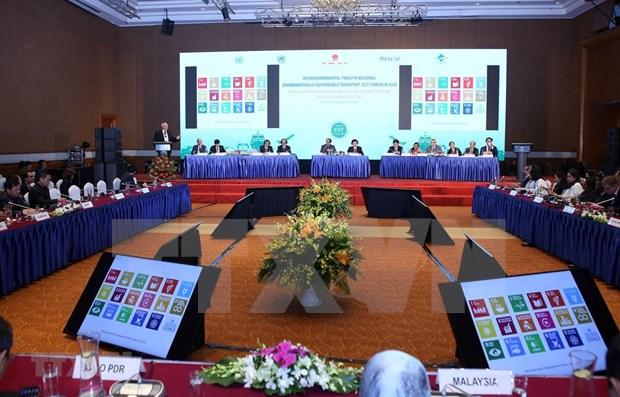 Debaten en Vietnam sobre el desarrollo de ciudades inteligentes, sostenibles y adaptables hinh anh 1