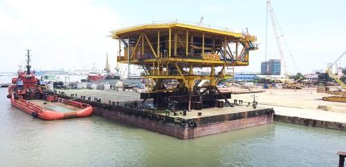 Inicia extraccion de petroleo equipo BK-20 del campo vietnamita Bach Ho hinh anh 1