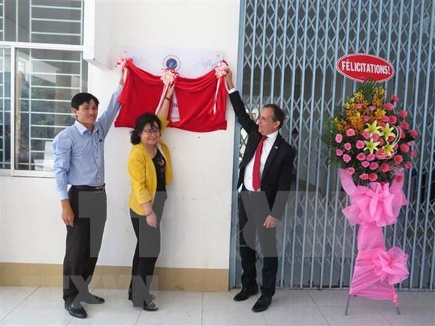 Recibe una escuela vietnamita reconocimiento frances por ensenanza bilingue hinh anh 1
