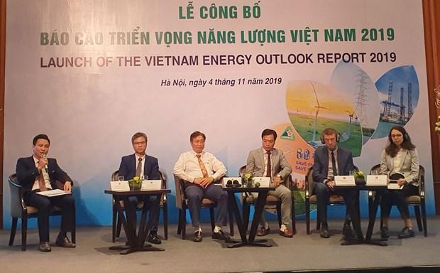 Presentan en Vietnam informe sobre perspectivas energeticas hinh anh 1
